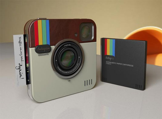 Instagram Socialmatic camera front view
