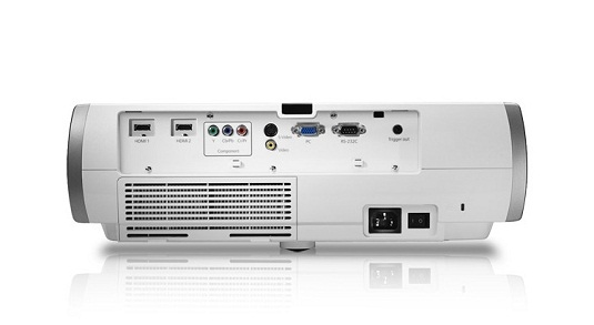 Epson Home Cinema 750HD rear