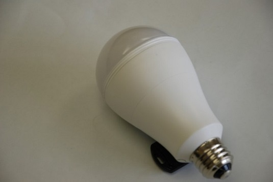 SmartCharge LED bulb