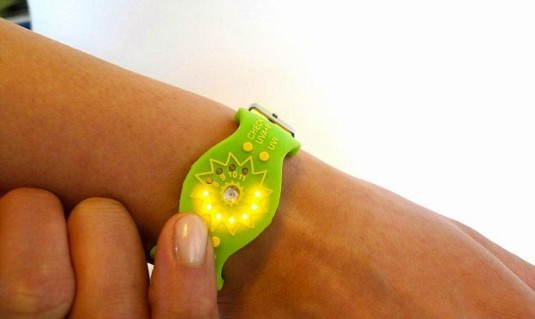 Watch prevents sunburns